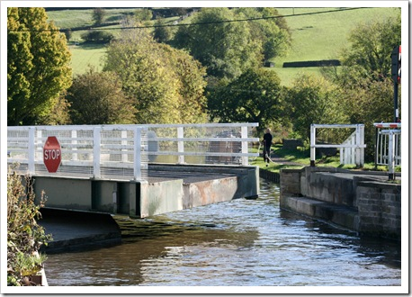 swing bridge-1