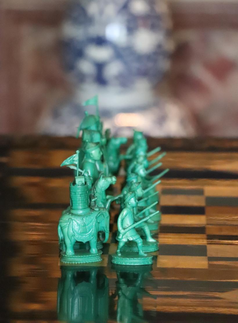Chess men jade.jpg