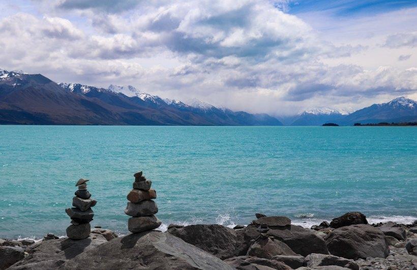 NZ lake Pukaki Stone stack